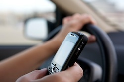 Cellphone on one hand while driving